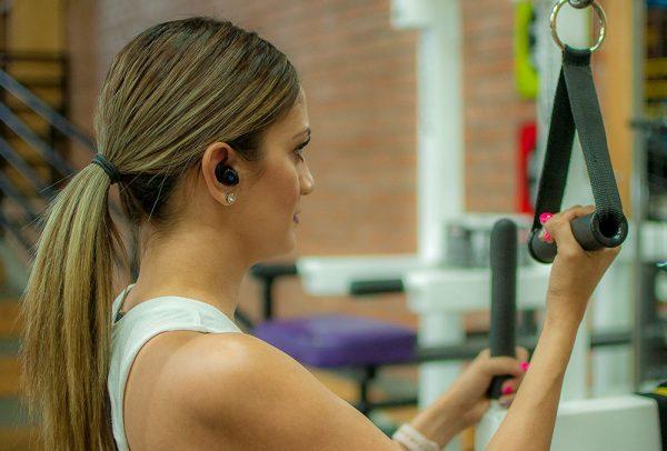 fitness-girl earbuds fitness-earbuds fitness girl wireless-earbuds